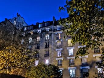 Image of building in Paris