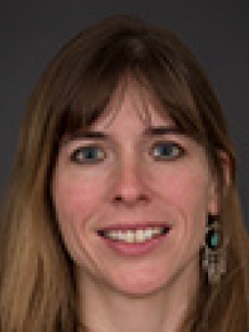 Catherine Bartch headshot