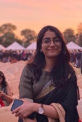 Headshot of Manya Gupta